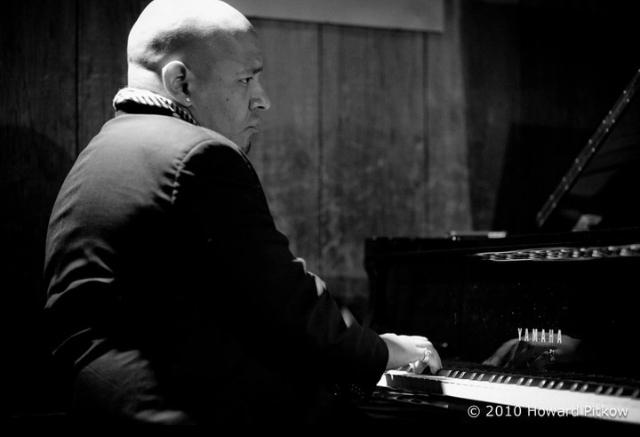 Luke Carlos O'Reilly, Pianist